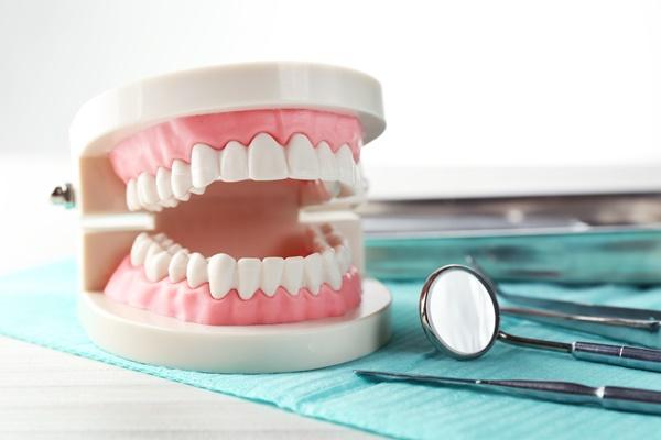 ตรวจสุขภาพฟัน จำเป็น ?